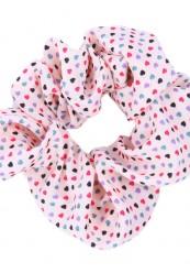 babylyserød scrunchies med hjerter