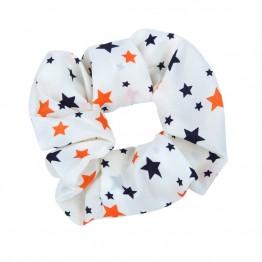 Image of   Lys scrunchie med stjerner