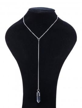 Halskæde med vedhæng i sølvlook.