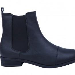 Enkelt Smart kort støvle i pu med elastik.