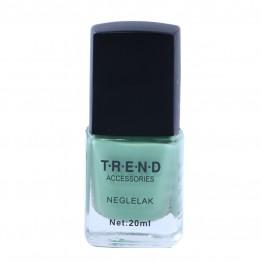 Pastel grøn neglelak.