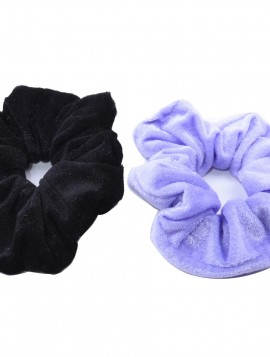 2 stk velour scrunchie i sort/ lyse grå.