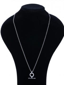 Halskæde med vedhæng i sølvlook