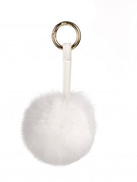 Keyhanger i hvid med pels.