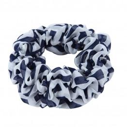 Hvid/blå scrunchie