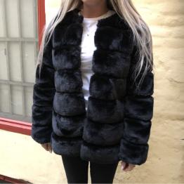 Fake fur jakke