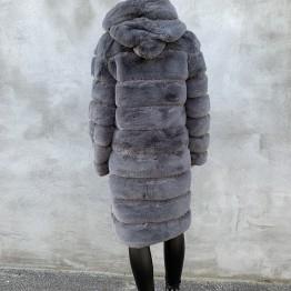 Lang flux fur med hætte