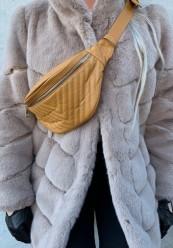 Gul quiltet bæltetaske