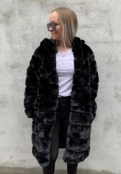 Lang faux fur med hætte