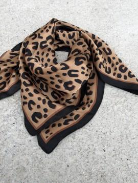 Tørklæde i silke
