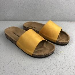 Gul Slip in Sandal