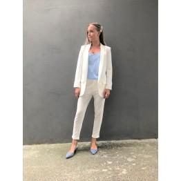 Klassisk hvide bukser