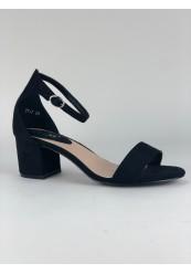 Sort sandal med blokhæl