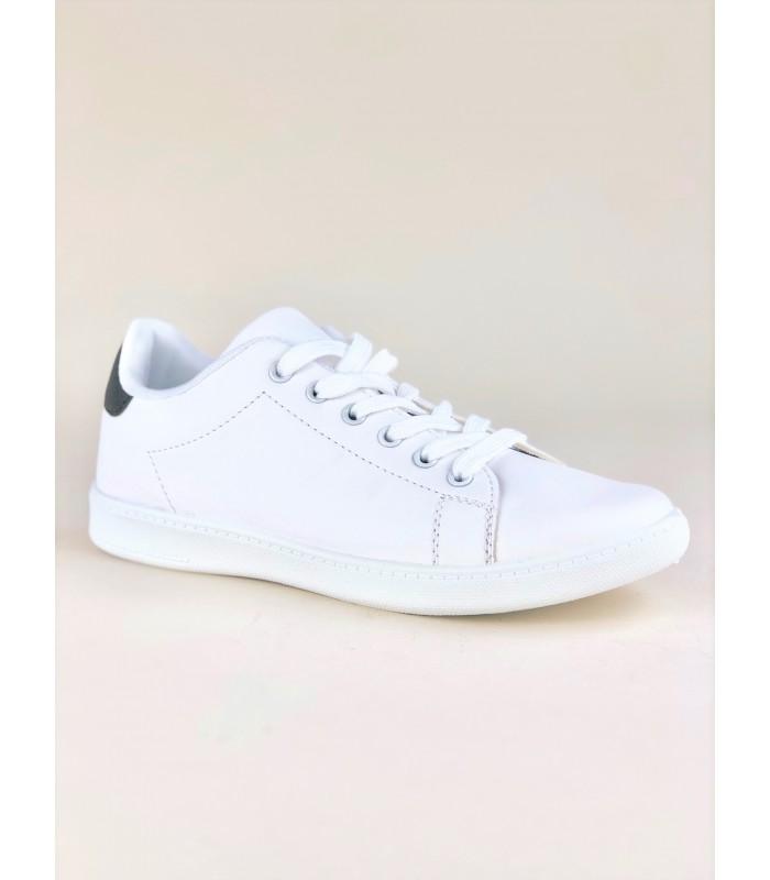 Hvid Sneaker i Klassisk Design
