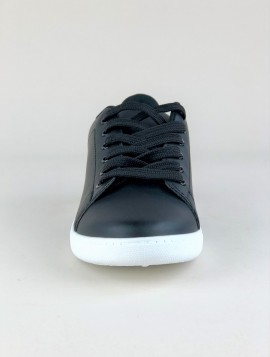 Sort Sneaker i Klassisk Design