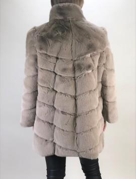 Beige faux fur jakke