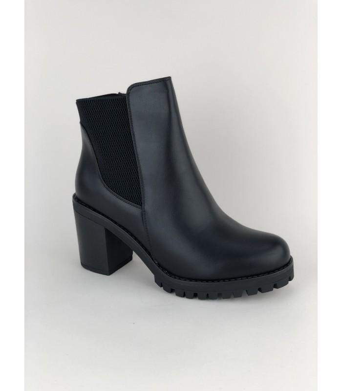 Støvle med robust bund