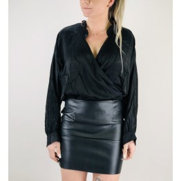 Image of   Sort Draperet Satin Top - Størrelse - M