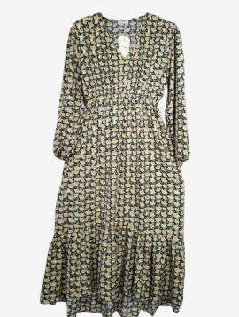 Blomstret kjole med V-hals.