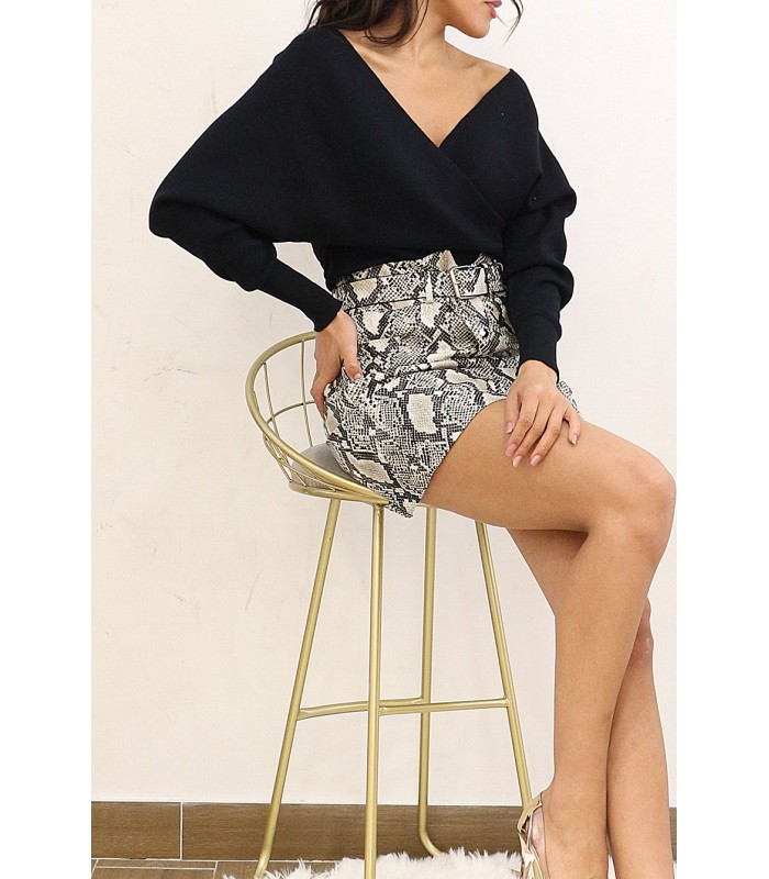 Wrap over bluse