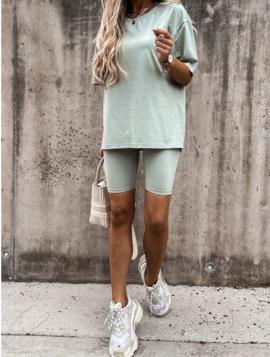 Basic shorts + t-shirt sæt