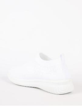 Slip in sneakers