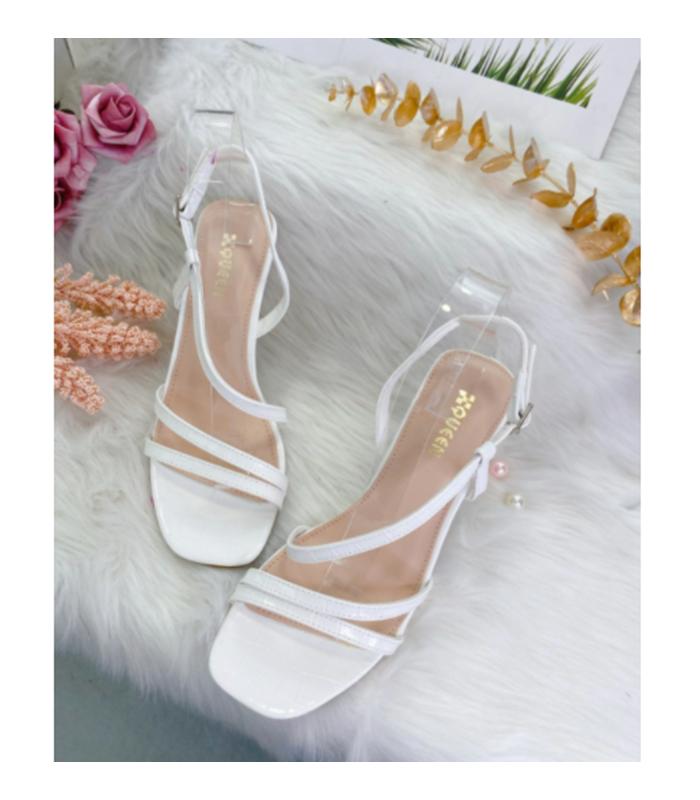 Klassisk sandal med stilethæl