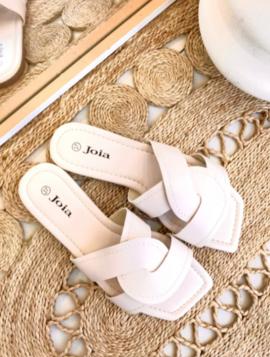 Elegant sandal
