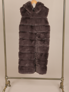 Lang Faux Fur Vest