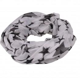 Hvidt tørklæde med sorte stjerner