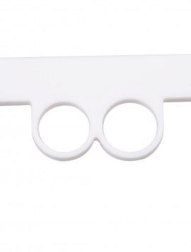 Hvid ring med stav