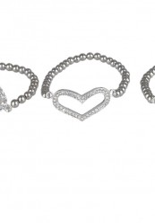 Armbånd med sølvkæde og vedhæng