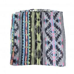 Tubetørklæde med mønster i sort og pastel