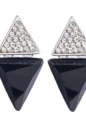 Smuk ørering i sort og sølv look. Med simili sten