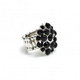 Stor sølvring med sorte stene